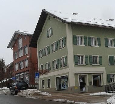 Foto-Kleiderladen-Marktstrasse3